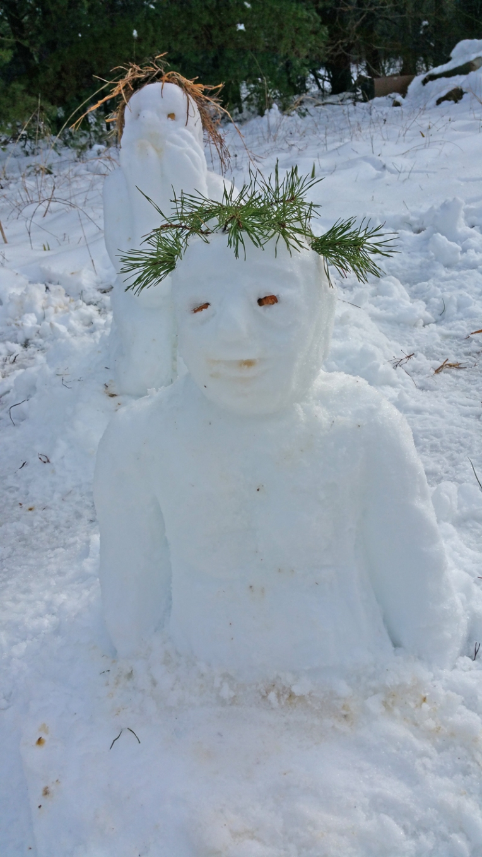 Snowperson-pineneedlehair